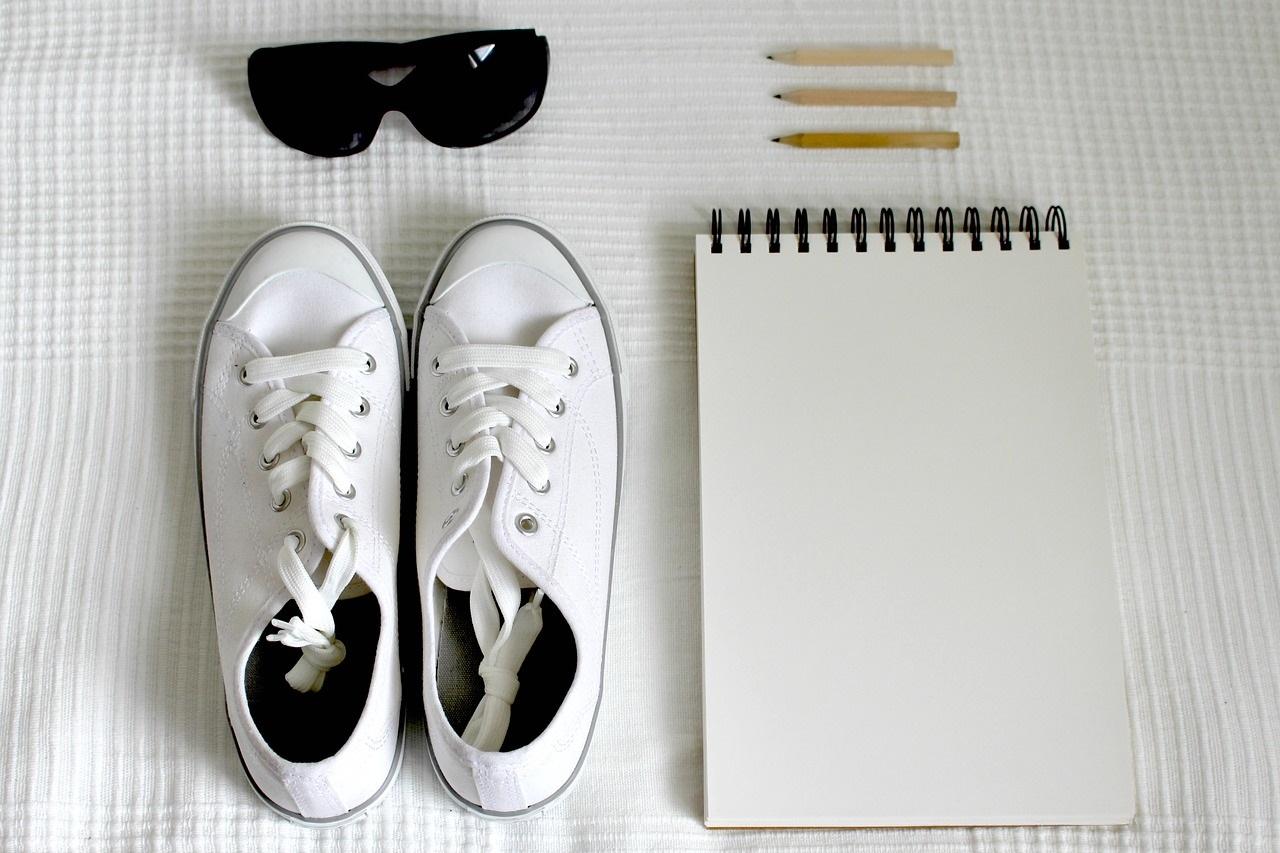 Białe trampki - czyszczenie